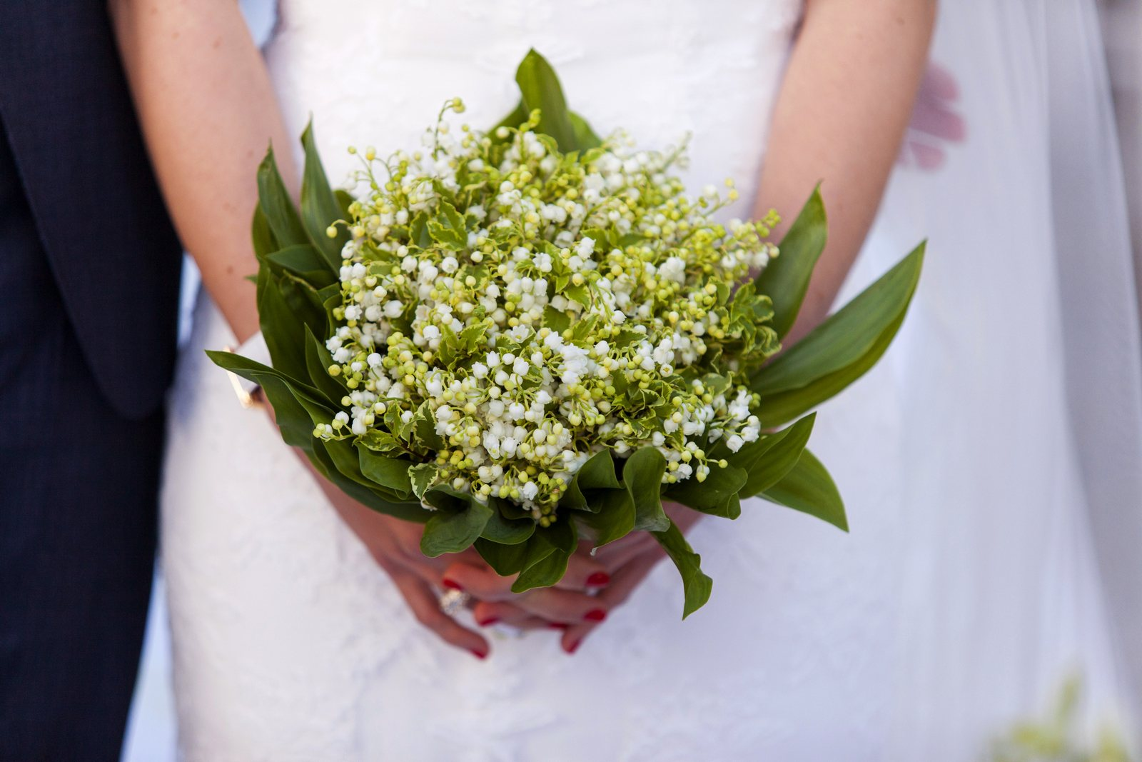 bridal bouqet in villa carlotta