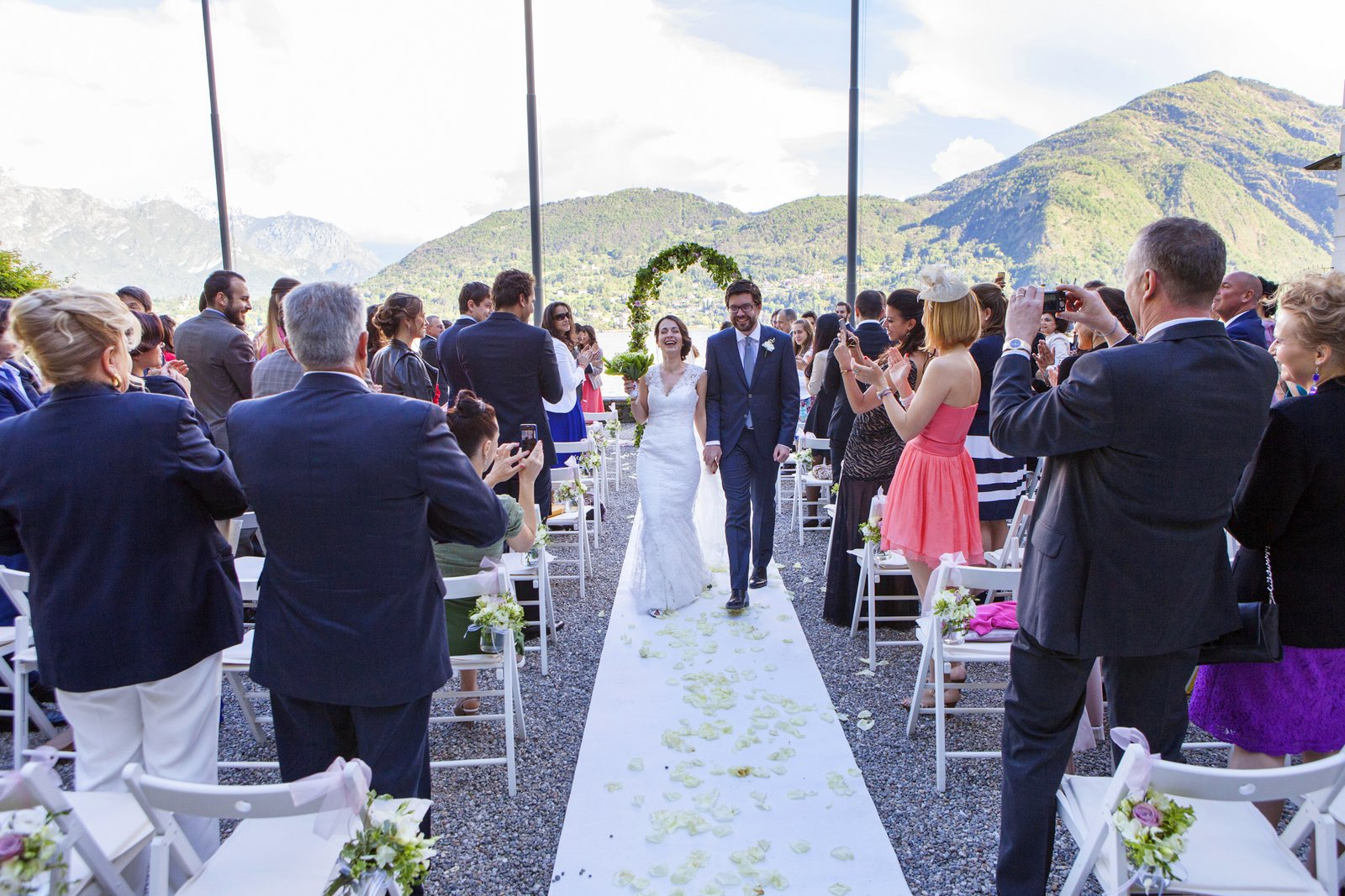 civil wedding in villa carlotta on lake como