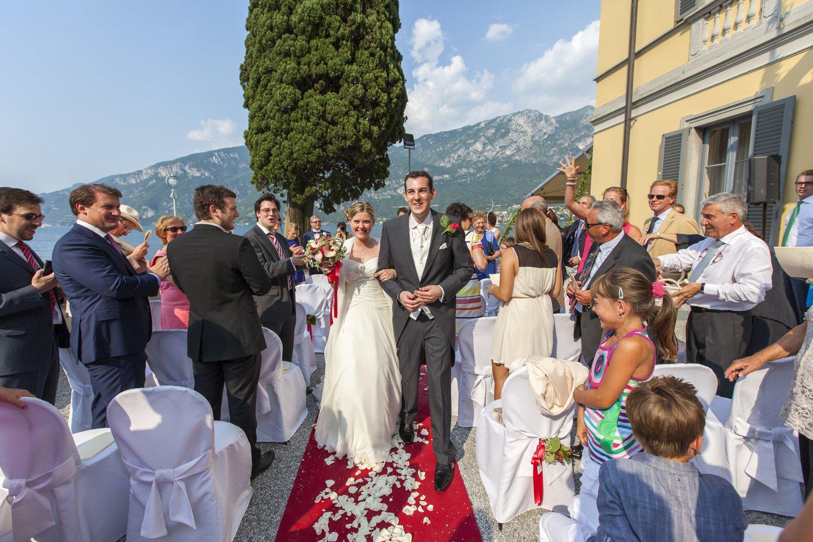 wedding blessing in villa corte del lago