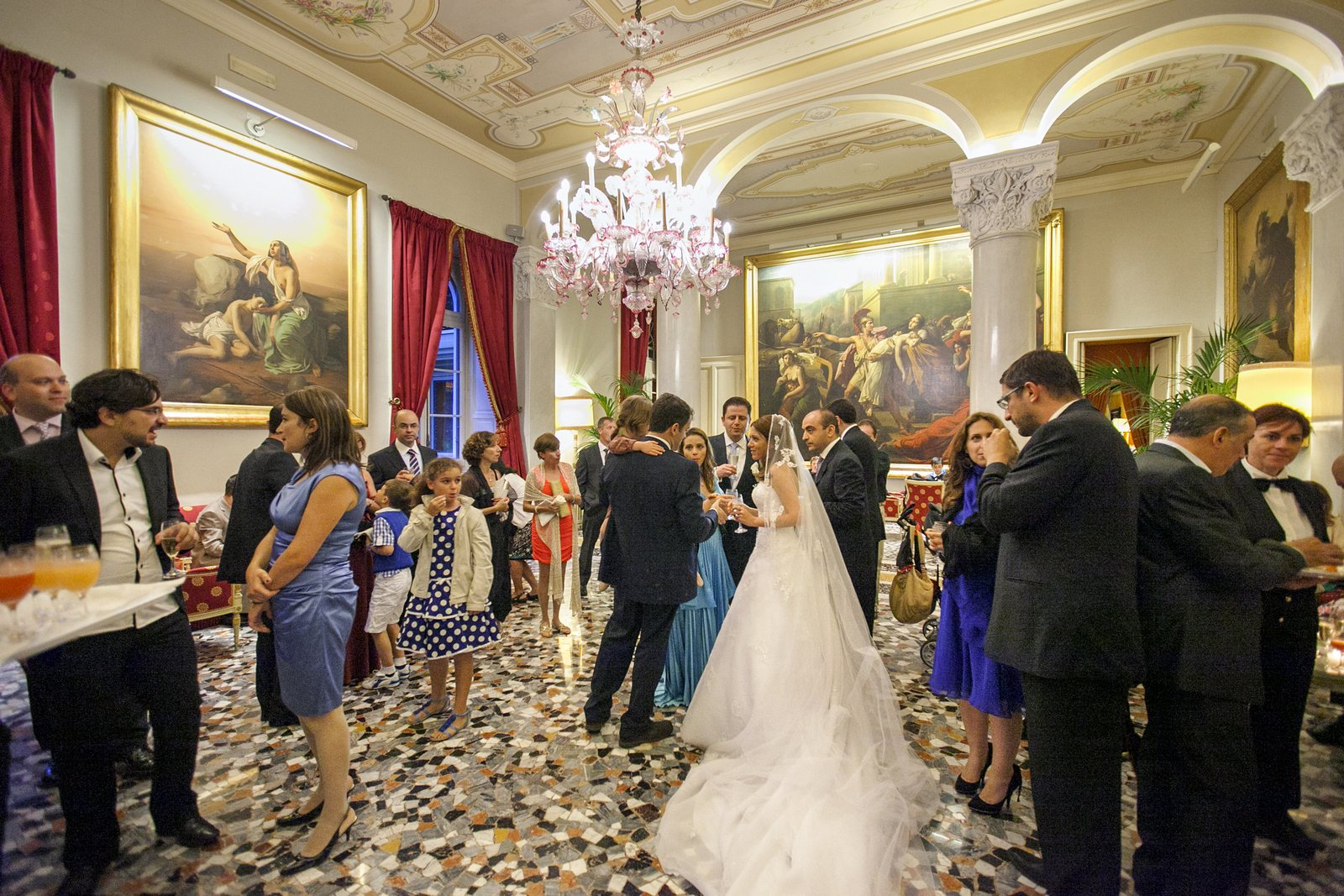 romantic wedding in villa d'este