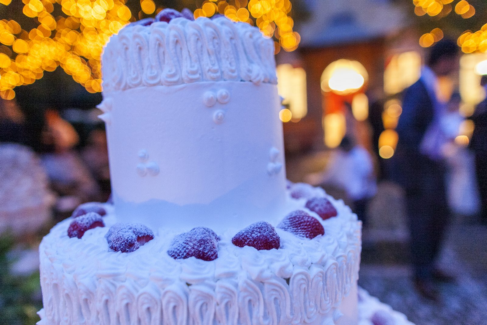 wedding cake in villa regina teodolinda