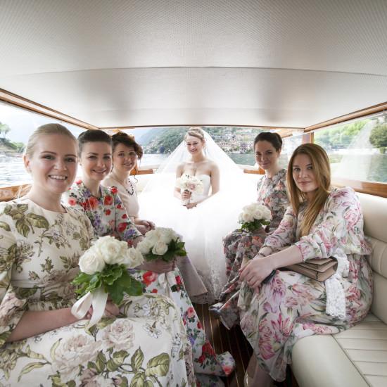 Sposa in barca verso Villa Balbianello