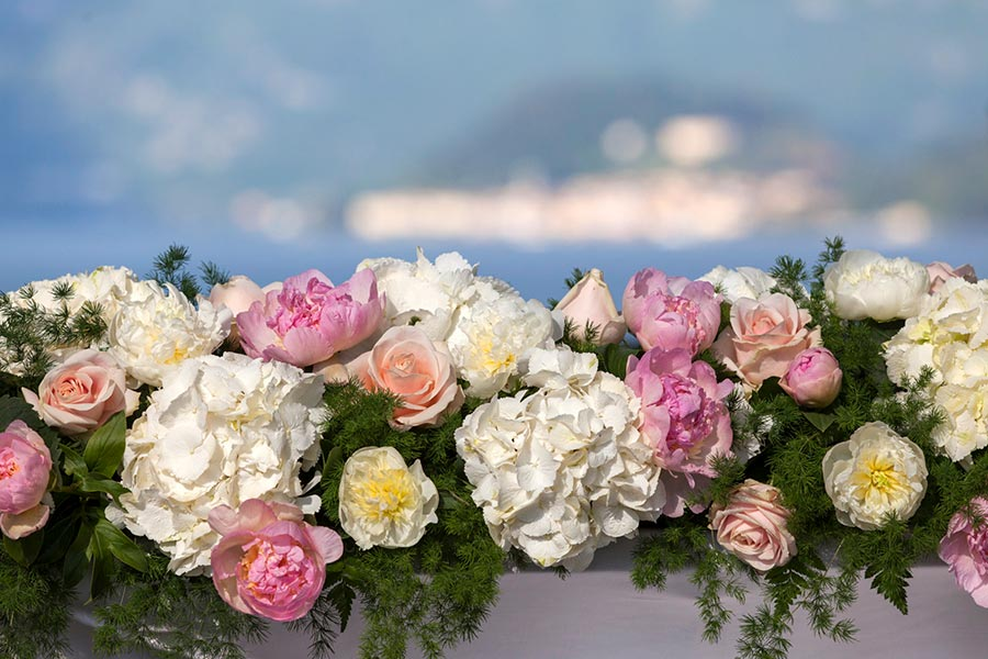 Lauretta and Dominic's Wedding - floral decorations Villa Balbianello