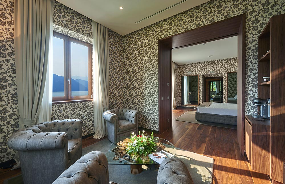 Villa Lario Resort Mandello wedding venue Lake Como